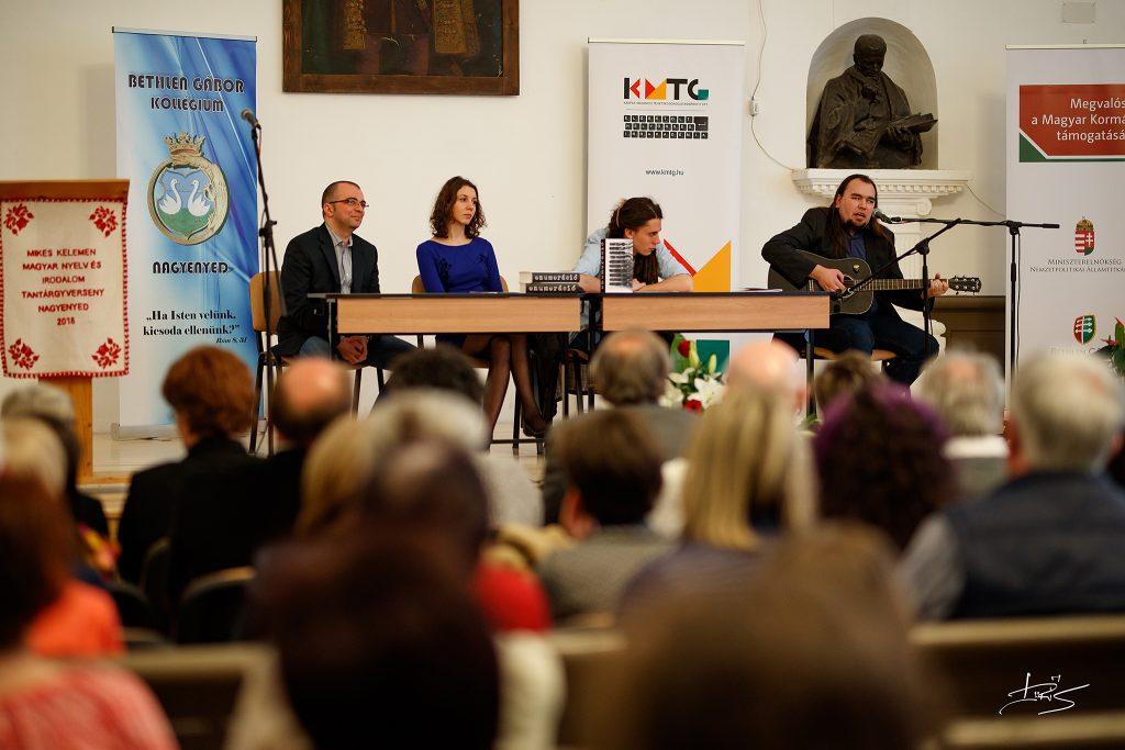 Ajánlott irodalom – fellépés Nagyenyeden Sebestyén Mártával és Andrejszki Judittal (galéria)